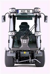 Коммунальная многофункциональная машина Karcher MIC 50 D