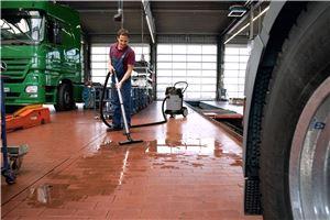 Промышленный пылесос Karcher NT 70/2 *EU