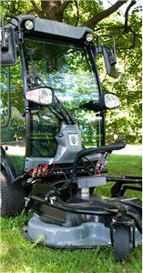 Комбинированная косилка для коммунальной машины Karcher MC 50