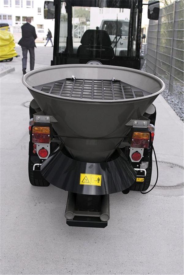 Дисковый разбрасыватель песка для коммунальной машины Karcher MC 50